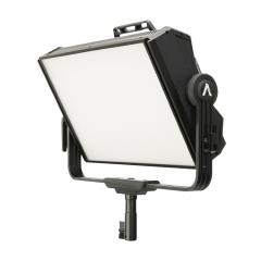 Осветитель Aputure Nova P300c Kit с кейсом