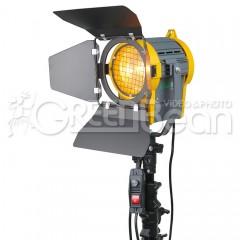 Галогенный осветитель GreenBean Fresnel 650 Вт с линзой Френеля